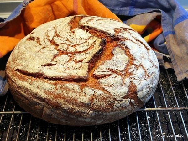 Roggen Dinkel Sauerteig Brot