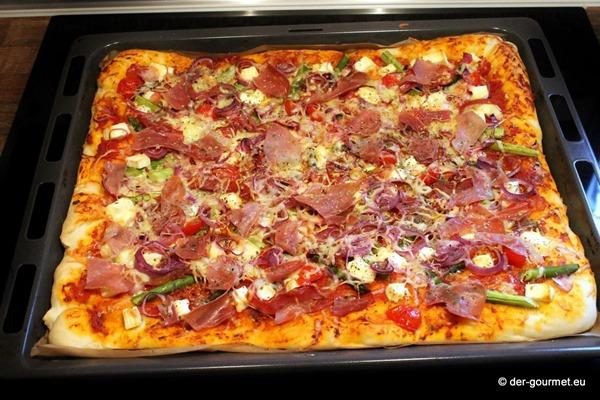 Pizza con asparagi verdi reloaded