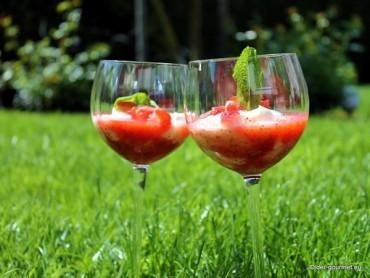 Erdbeeren – Sektcreme